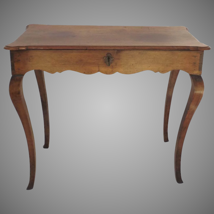 Stupendous Early 19Th Century French Provincial Walnut Side Table Cabriole Legs Lift Top Bralicious Painted Fabric Chair Ideas Braliciousco