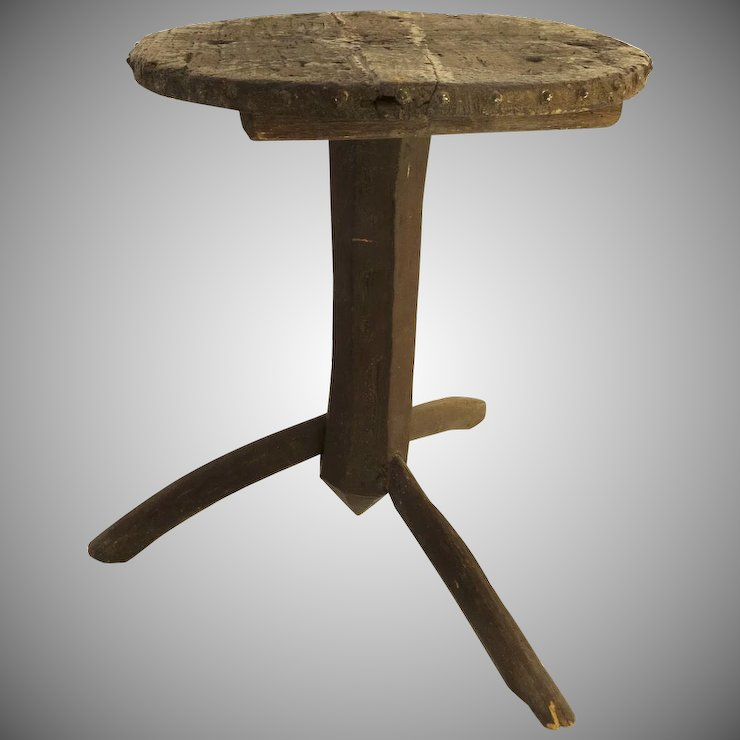 Country Rustic Primitive Three Leg Side Table Late 19th Century Early 20th