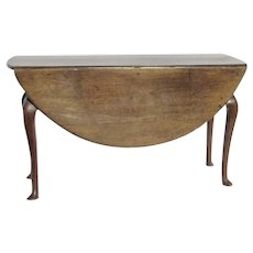 18th Century English Queen Anne Drop Leaf Table