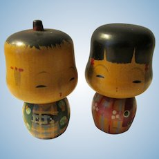 """2 1/4"""", """"Fat Head"""" Kokeshi Couple Wearing Red and Teal Blue Kimonos"""
