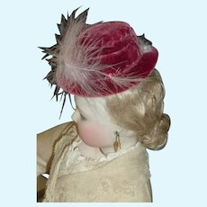 Rose colored Hat for French Fashion