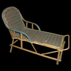 Great Looking French Chaise for Fashion or Bebe