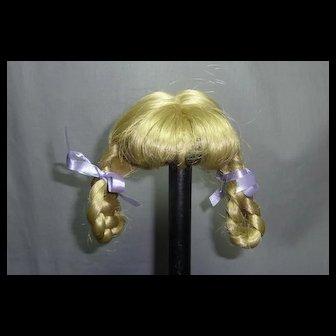 "Blond Wig 7 1/2-8"" HC"
