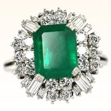 Natural Emerald And Diamond VVS VS 4.17 Carat Vintage Estate Ring GIA GG Certified