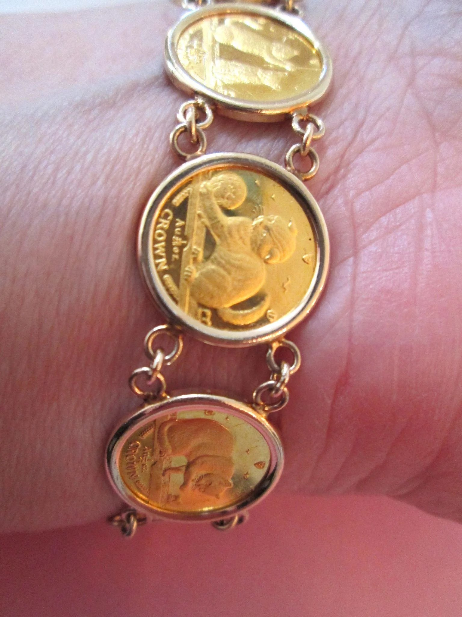 24k Gold Queen Elizabeth Isle Of Man Cat Coin Bracelet 14k