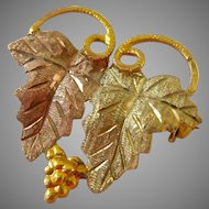 Small 10K Gold Grape Leaves Pin