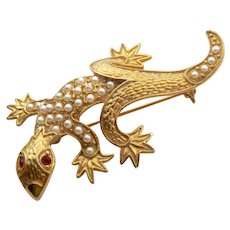 Gecko Pin Brooch Gold Tone Simulated Pearls