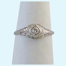 14K White Gold Diamond Art Deco Solitaire Ring