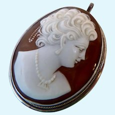 9Ct 9K White Gold Carved Shell Cameo Pendant
