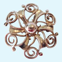 WRE 12K Gold Filled Round Swirl Pin Brooch