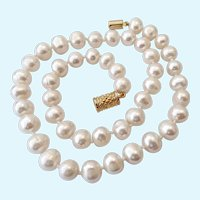 Large 9-10MM Cultured Pearl Necklace Hand Knotted Gilt Sterling 925 Magnetic Clasp