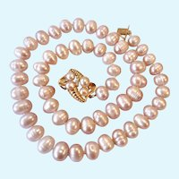 Pale Pink Cultured Pearl Necklace Stunning 14K Gold & Diamond Clasp