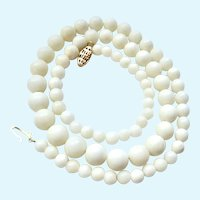 Graduated White Coral Bead Necklace 14K Gold Clasp 18 Inches