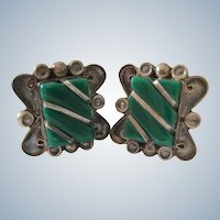 Vintage Sterling Silver 925 Mexican Screw Back Earrings Green Accent Signed