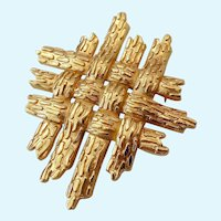 Crown Trifari Gold Tone Brooch Textured Basketweave Design