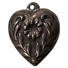 Sterling Silver Vintage Repousse Wreath Puffy Heart Charm