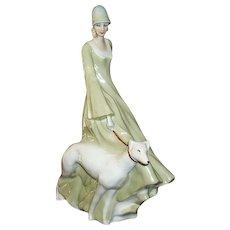 "Royal Doulton Figurine Strolling HN 3073 13 3/4"""