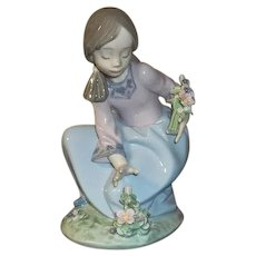 Lladro Bouquet of Blossoms Figurine  5895 with Box