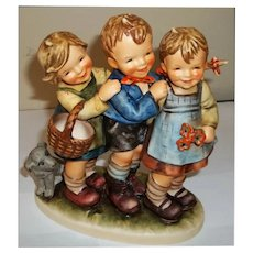Hummel Figurine Follow the Leader  # 369  Tmk5