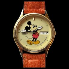 Seiko Men's Walt Disney Mickey Mouse Character Watch with Day and Date.