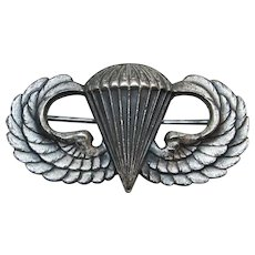 WW11 U.S. Army Paratrooper Airborne Sterling Silver Pin-Back Jump Wings.