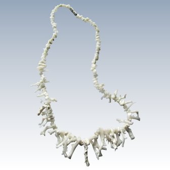 Natural White Precious Branch Coral Necklace. 18''