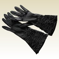 Vintage Black 100% Nylon Ruched Gloves by Shalimar. U.S.A. Size 7.