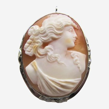 Antique 10K White Gold Shell Cameo Brooch Pendant.