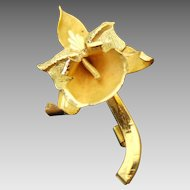 Flower Brooch Pendant, 18K Yellow Gold
