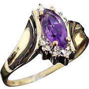 Beautiful Vintage 10 Karat Yellow & White Gold 1/2 Carat Amethyst Ring.