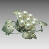 Beautiful 950 Silver Brushed Leaf Brooch With Akoya Pearls