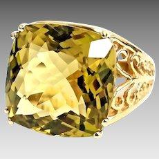 Gorgeous Handmade 10 Karat Yellow Gold 14.00 Carat Antique Cushion Cut Green Amethyst Ring. #L864