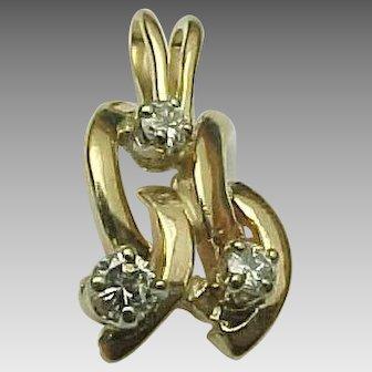 14K Yellow Gold Diamond Alphabet / Letter Charm M