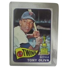 Topps Card #340 Tony Oliva Outfield Minnesota Twins