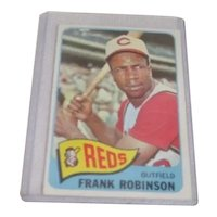 Topps Card #120 Frank Robinson Outfield