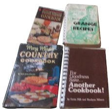 Set of 4 Rural Vintage Cookbooks
