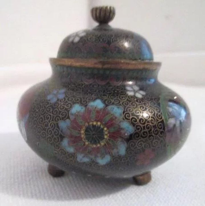 Antique Japanese Footed Bowl With Lid Something Wonderful Ruby Lane