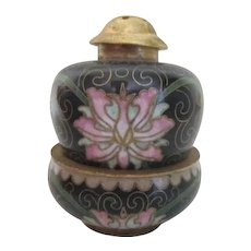 Cloisonne Oriental Stacking Salt & Pepper Set