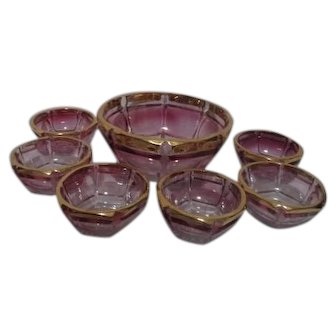 Northwood Glass Atlas Pattern Blush Stained Berry Bowl and 6 Serving Bowls Set