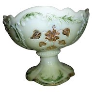 Northwood Intaglio or Flower Spray with Scrolls Pattern Master Berry Bowl