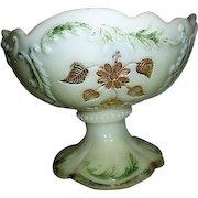 Northwood Intaglio or Flower Spray with Scrolls Pattern Master Berry Bowl