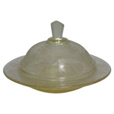 Depression Glass Light Yellow Covered Round Butter Dish Hazel Atlas Florentine II