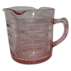 Kellogg's Pink Depression Glass Three Spout Measuring Cup