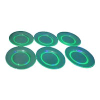 Set of 6 Uranium Florescent Green Glass Luncheon/Salad Plates