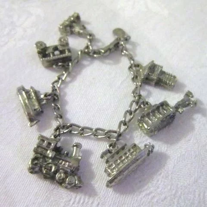 Disneyland Charm Bracelet Something