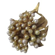 Goldtone and Faux Pearls Flower Pin/Brooch