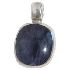 Sterling Silver Pendant with Blue Cabochon Cut Agate Inset from Mexico
