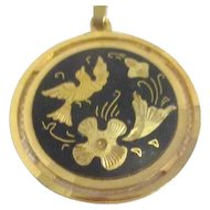"""Round Pendant Gold on Black with Detailed Bird and Flowers 16"""" Goldtone Chain"""