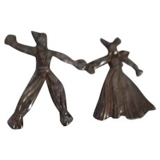 Vintage Straw Boy and Girl  Metal Pins
