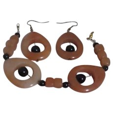 Butterscotch and Black Bracelet and Earrings Set